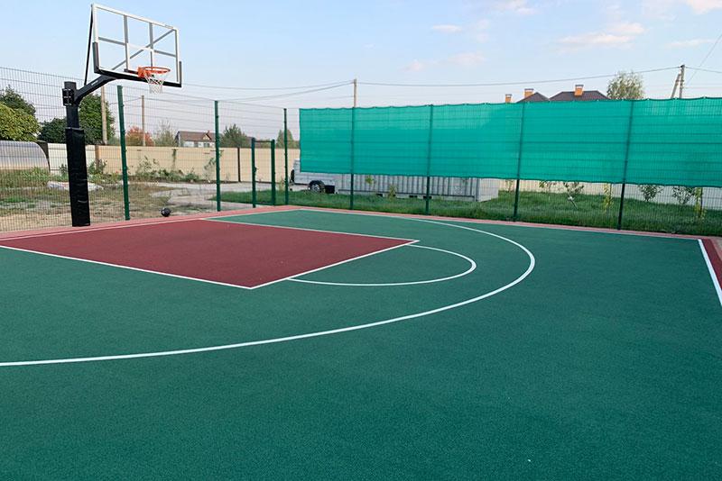 Спортивная площадка в частном доме