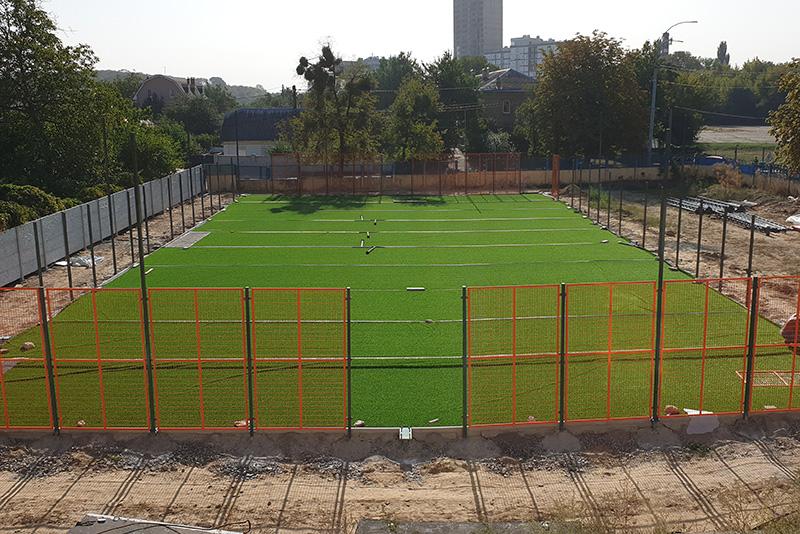Заказать комплекс строительства футбольного поля у производителя спортивного оборудования